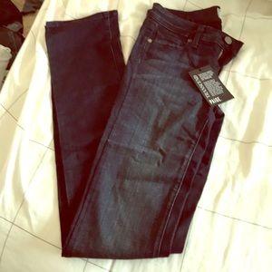 Paige Skyline Straight Midlake Jeans Never Worn